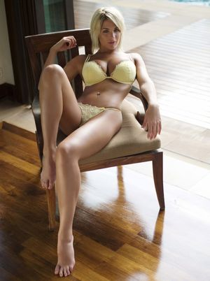 th__Gemma_Atkinson_Lingerie..