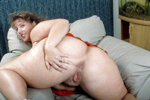 Mature 40 plus big butts - Other -..