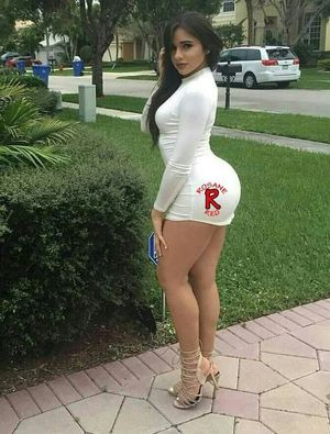 Pin by Eloy Lopez on Latina Wifey..