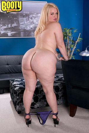 Mazzaratie Monica has a very big booty..