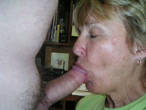 mature granny blowjob