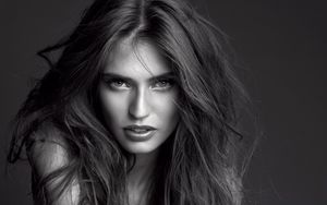 Beautiful Bianca Balti. Android..