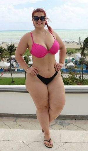 Ioana Chira bbw ladys Pinterest Curvy,..