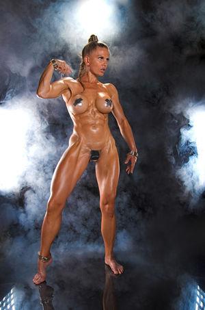 sexy muscle girl