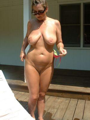 Голые зрелые тетки -..