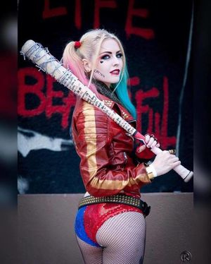 49 Hottest Harley Quinn Big Butt..