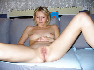 Amateur wives and girlfriends - Pics -..