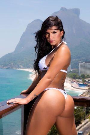 brazilian bikini babes