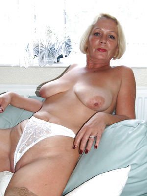 Grannies matures milf housewives..