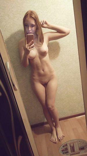 Naked Selfie Babes Compilation 2 - Bod..
