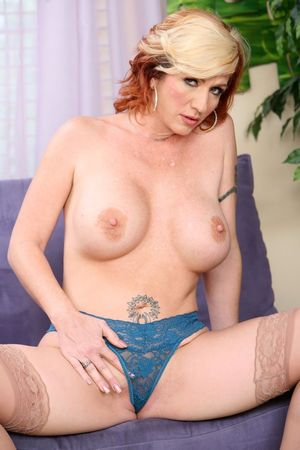 Showing Xxx Images for Brittany blaze..