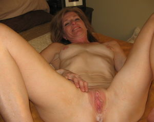 Free over 50 amateur milf - Nude Images