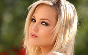 Porn Star Alexis Texas Just Released..