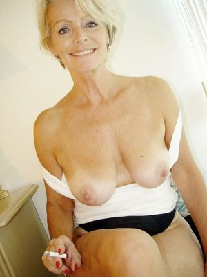 Single mature womans pics canada - MILF