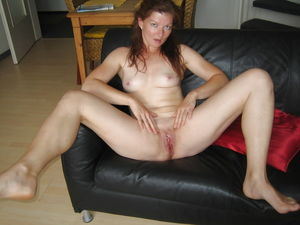 Amateur Mature Sexy Wives - Pics -..