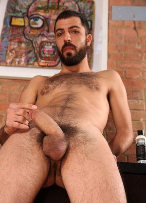 Big Hung Men - Gay Hairy Men and..