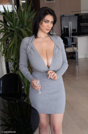 Beautiful busty girl: Daily boobs. Luna