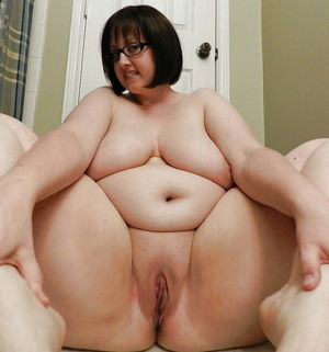 Sexy fat bellies - Pics - xHamster