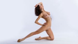 Nude ballet - your-pictionary