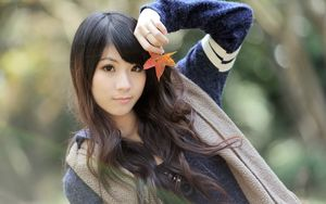 Maple Leaf-oriental beauty girl HD..