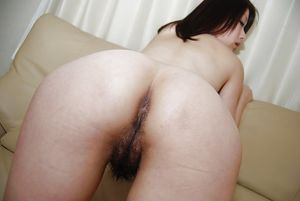 Asian hairy pussy & sexy ass bent over..