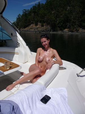 InstantFap - boating