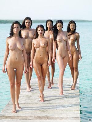 Как много девушек!..