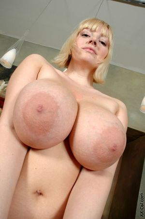 Huge natural boobs tits - Sex archive