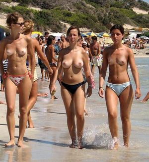 Collection of nudist fans - Mobile..