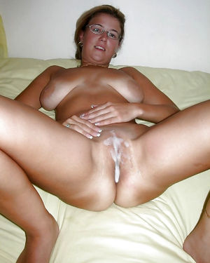 wife pussy full of cum