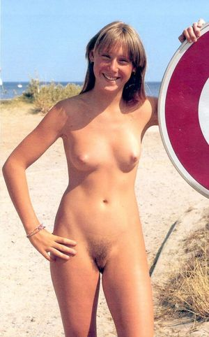 Retro family nudist picture sorgusuna..