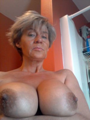 Big tits mature free pictures
