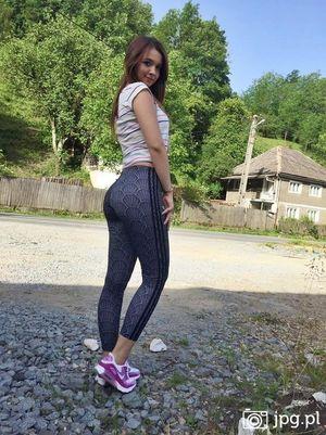 Teens in leggings pics - Teen