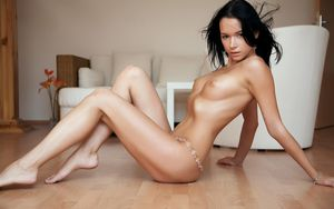 angie harmon naked