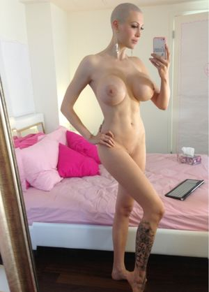 Sexy naked bald chics - Porn archive