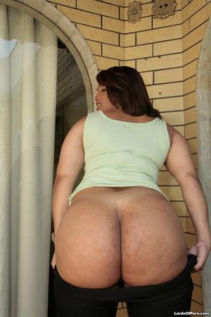 Big Butt Brazilian Moms Monique
