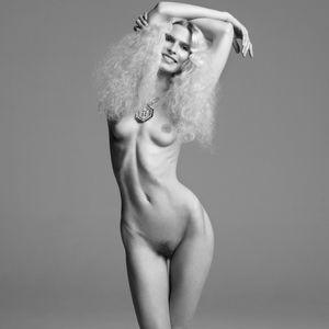 Nude Share -nsfw - Christina Kruse..