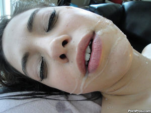 Massagecreep's babe Gigi gets orgasmic..