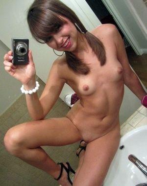 Teen girls topless selfies, private..