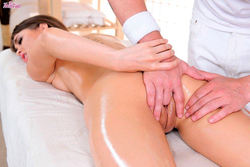 Girls Anus Bruenette Massage