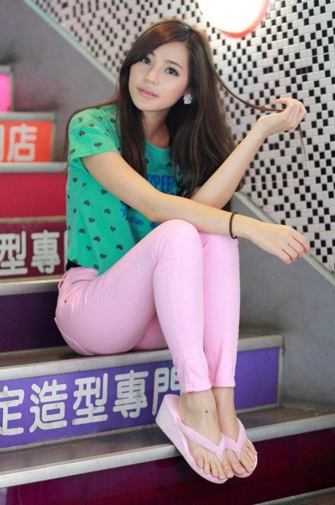 Вьетнамки (фото): женские черные и другие модные модели 2