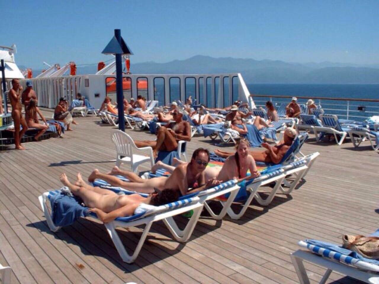 Featured Cruise Ship Voyeur Porn Pics Xhamster