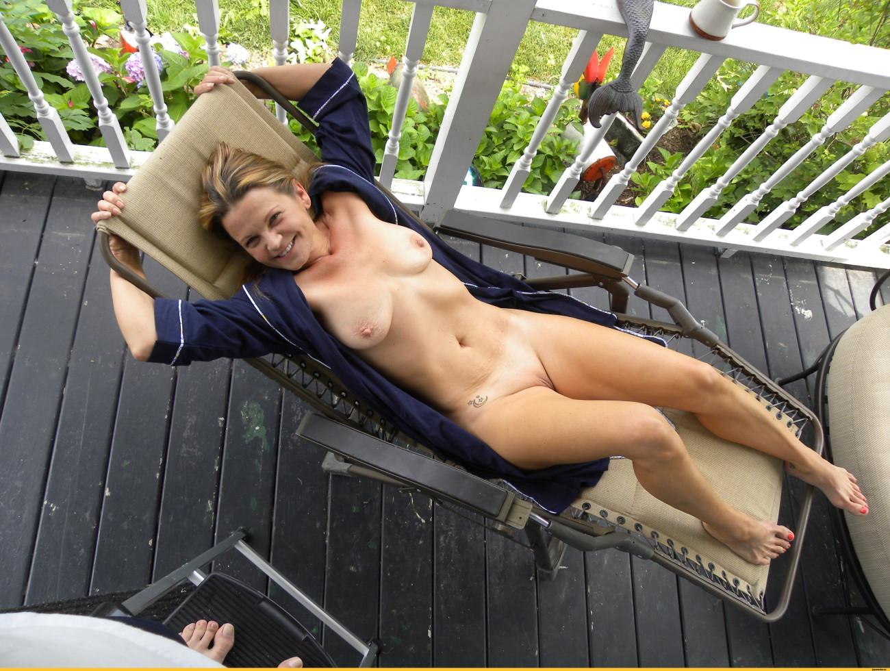 Free Sunbathing Porn Galery
