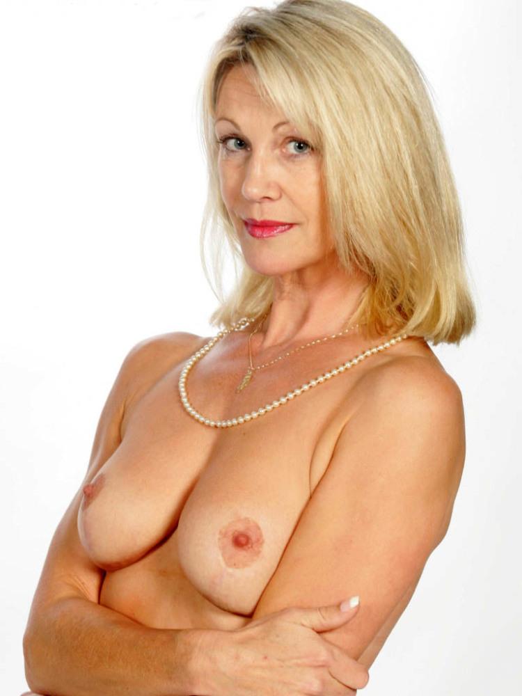 Older mature ladies nude
